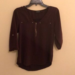 Maroon Blouse with 1/4 sleeves